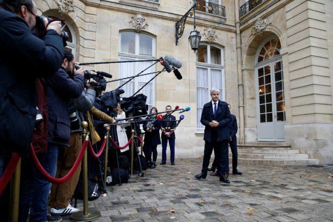 Siyasi parti liderleri Édouard Philippe ile bir araya geldi.