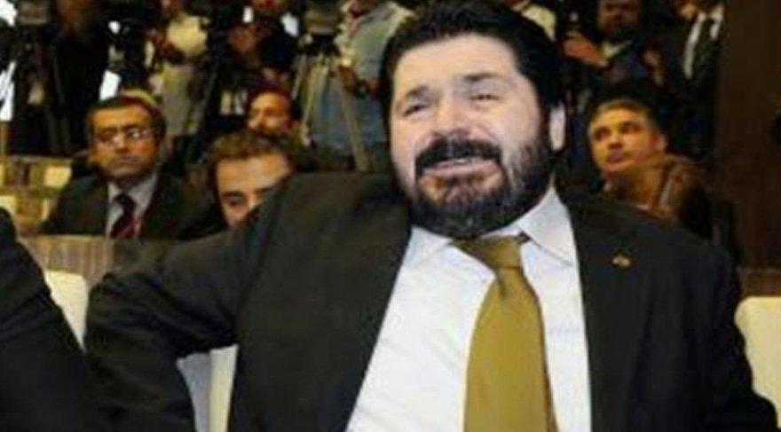 Savcı Sayan, Deniz Baykal'ın istifa açıklamasını yaşlı gözlerle izlemişti.