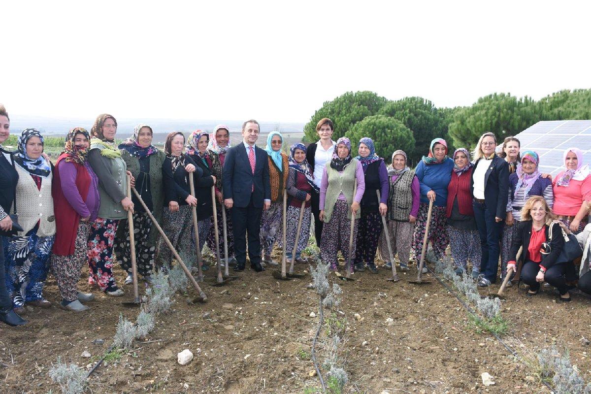 CHP'li başkan tarım konusunda Silivri halkını teşvik ediyor.