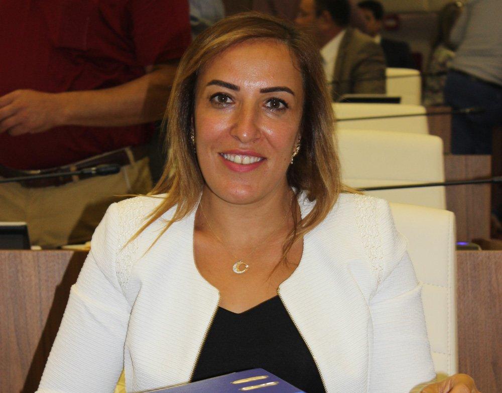 Antalya Büyükşehir Belediyesi eski meclis üyesi CHP'li Songül Başkaya