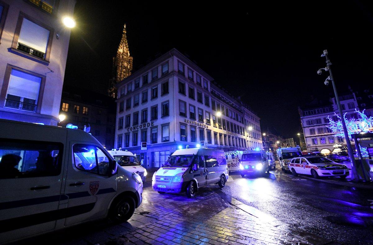 Strazburg'da yaşanan saldırı sonrasında arama çalışmaları devam ediyor.