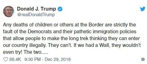 """Twitter üzerinden, """"Duvarımız olsaydı kaçmaya çalışmazlardı bile"""" mesajını paylaşan Trump tepki çekti."""