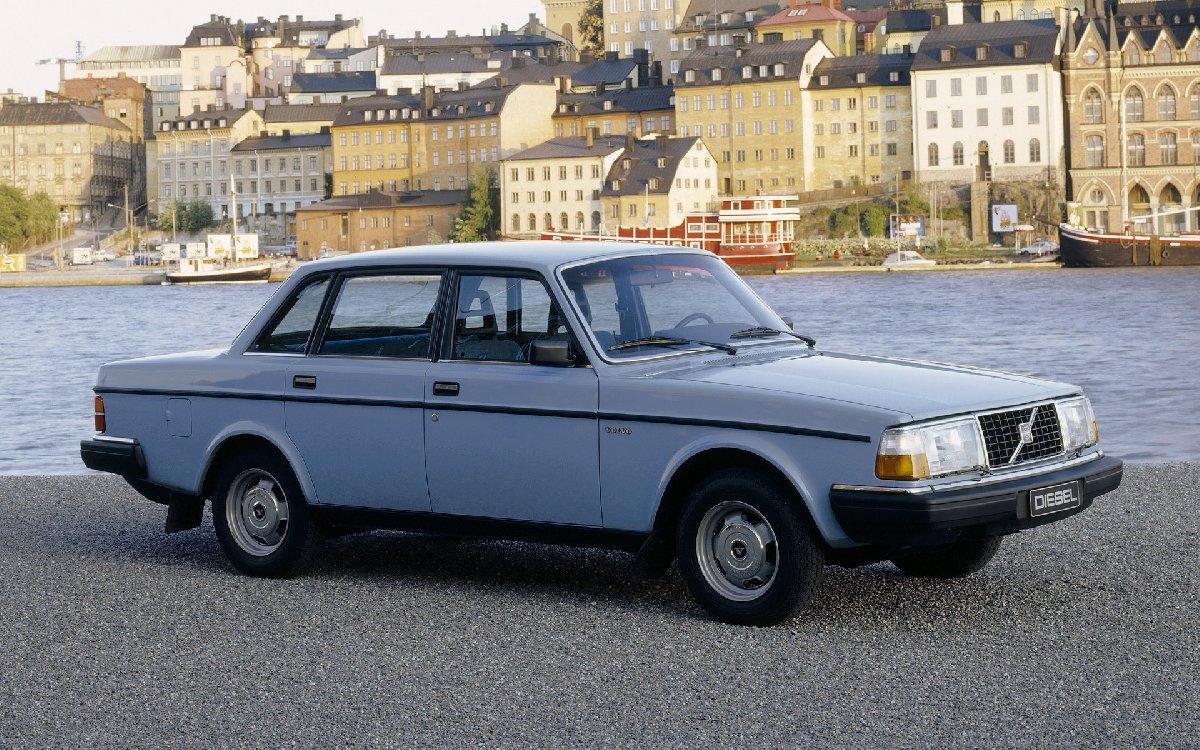 volvo-244-diesel-31656-wide