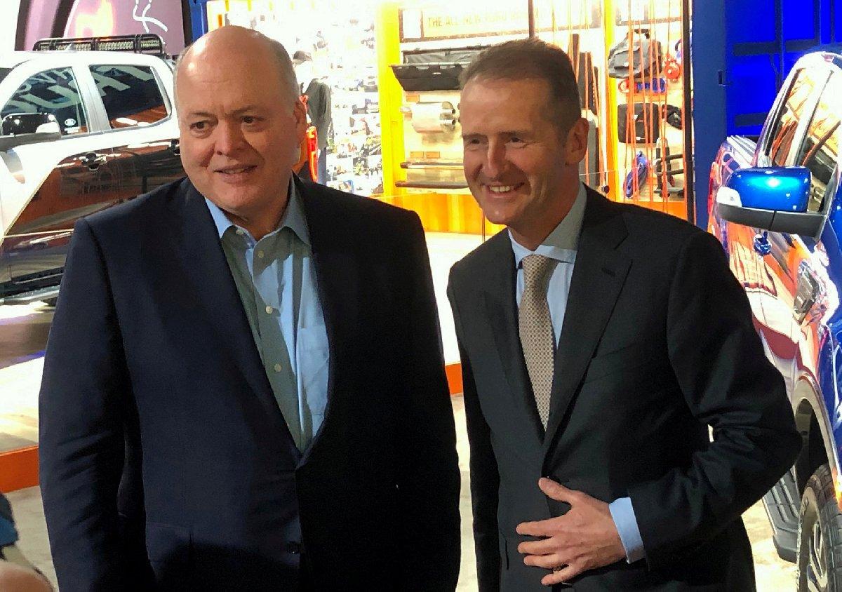 Ford CEO'su Jim Hackett ve Volkswagen CEO'su Herbert Diess
