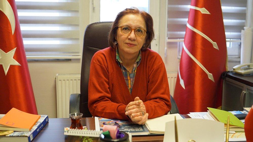 CHP Üsküdar İlçe Başkanı Olcay Kurt duruma tepki gösterdi.