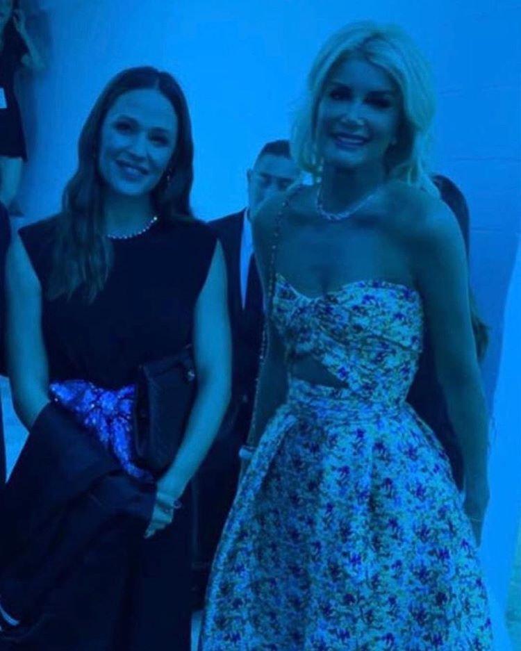 Begüm Şen ve Jennifer Garner