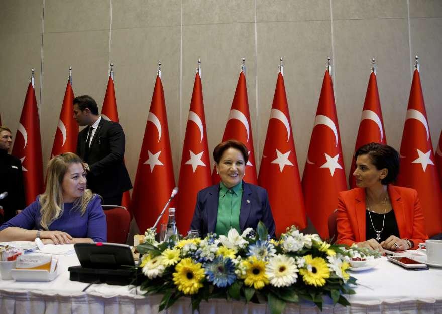 İYİ Parti lideri Meral Akşenertoplantıda gazetecilerin gündeme ilişkin tüm sorularını yanıtladı. Foto: AA