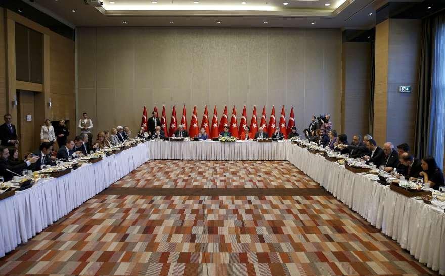 İYİ Parti lideri Meral AkşenerAnkara'da gazetecilerle kahvaltıda bir araya geldi. Foto AA