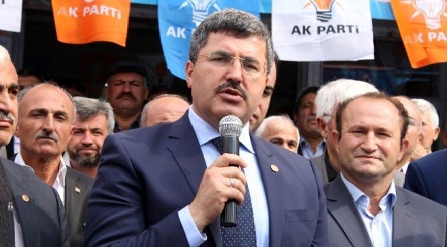 Ali Özkaya'nın yeğeninin FETÖ'den ihraç edildiği ortaya çıktı.