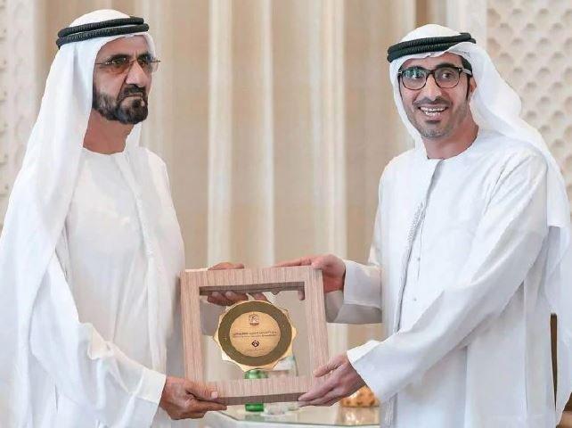 Farklı kategorilerde dağıtılan ödülleri erkeklerin alması tartışma başlattı.