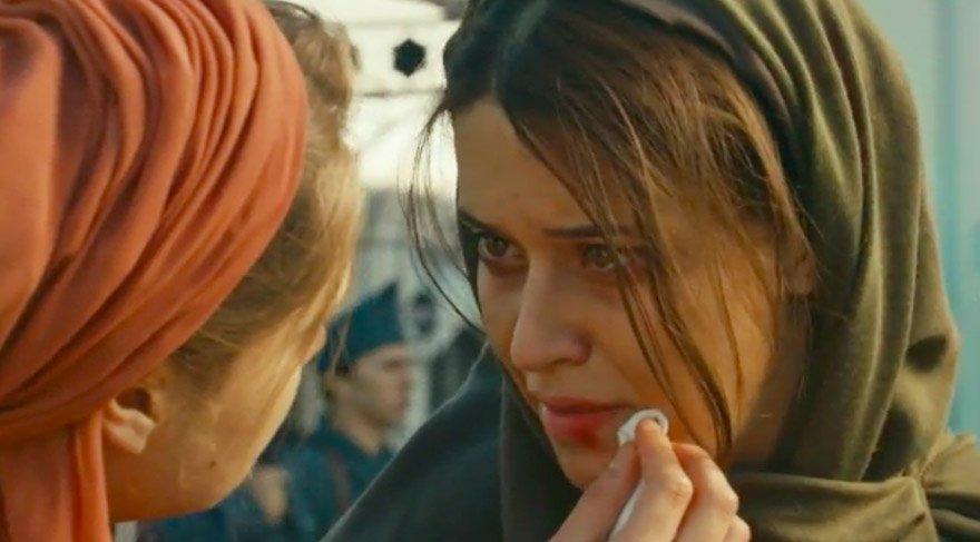 Devrim Öskan Vatanım Sensin dizisinde Hilal karakterini canlandıran Miray Daner'le...