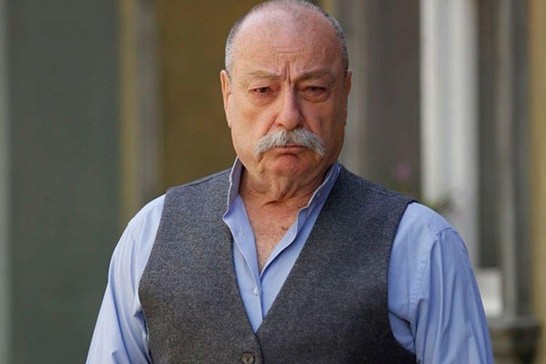 Engin Şenkan birçok film ve dizide rol aldı.