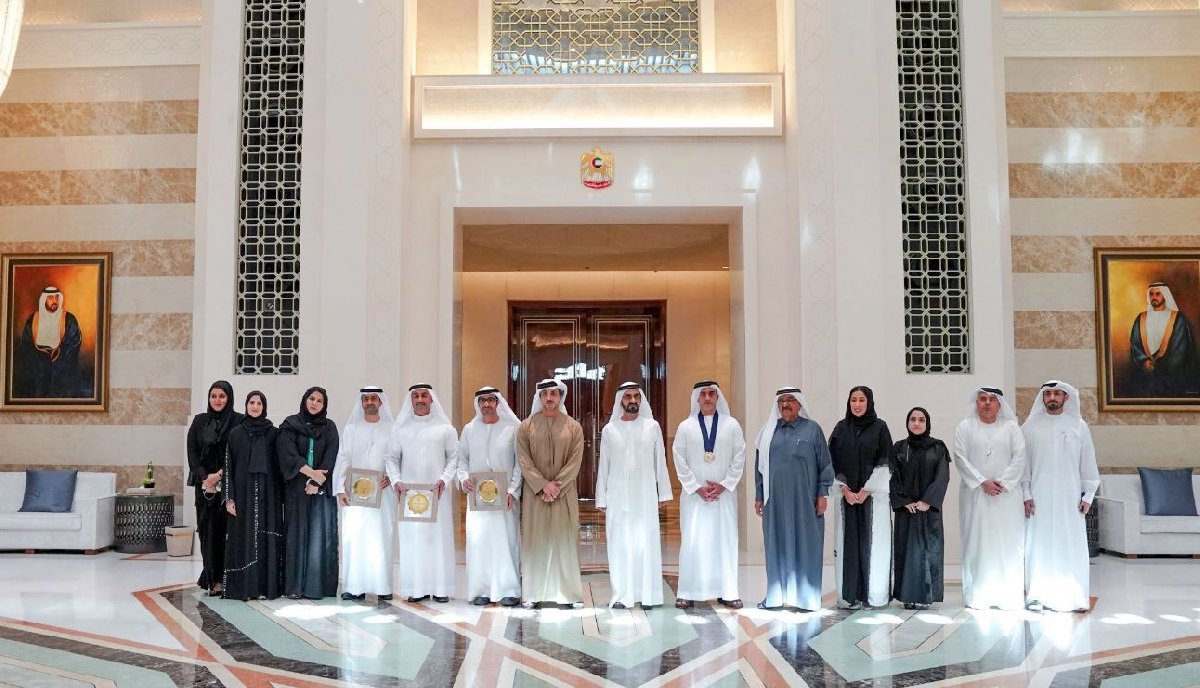 Dubai'den paylaşılan fotoğrafta kadınlar sadece katılımcı olarak yer aldı.
