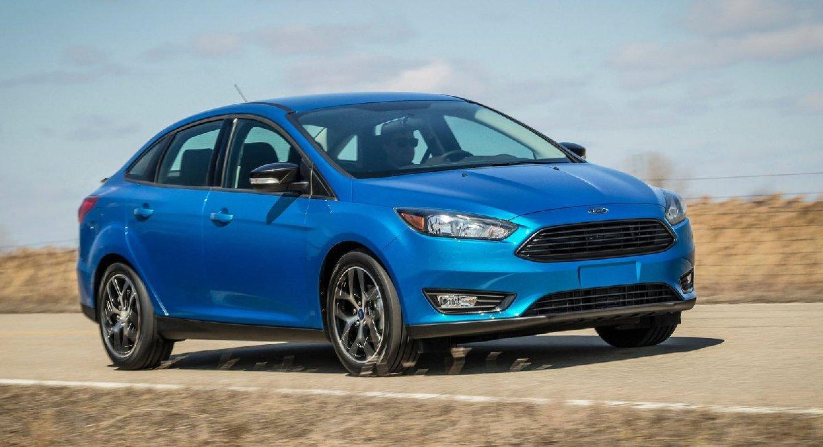 ford-focus_sedan-2015-1600-02-kopya