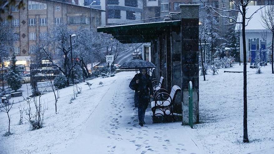 Bursa'da okullar tatil mi? Bursa'da kar yağışı sürüyor! Bursa Valiliği'nden açıklama var mı?