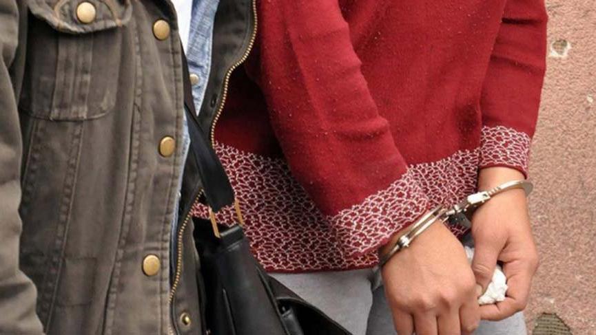 Eskişehir'de kadın öğretmen FETÖ'den tutuklandı