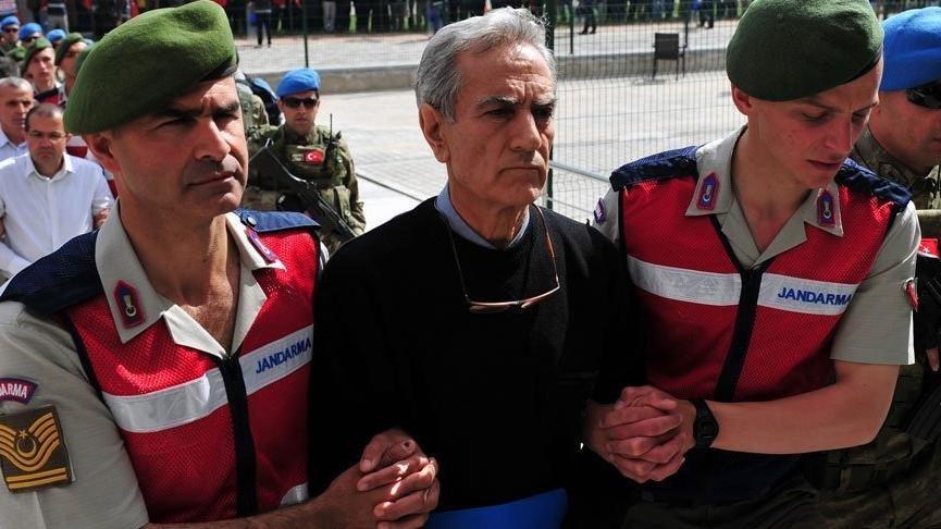 Akın Öztürk'e Azerbaycan sorgusu