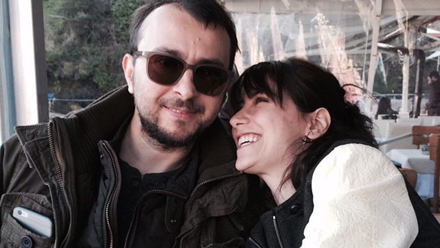 Hazal Kaya ve Ali Atay nişanlandı