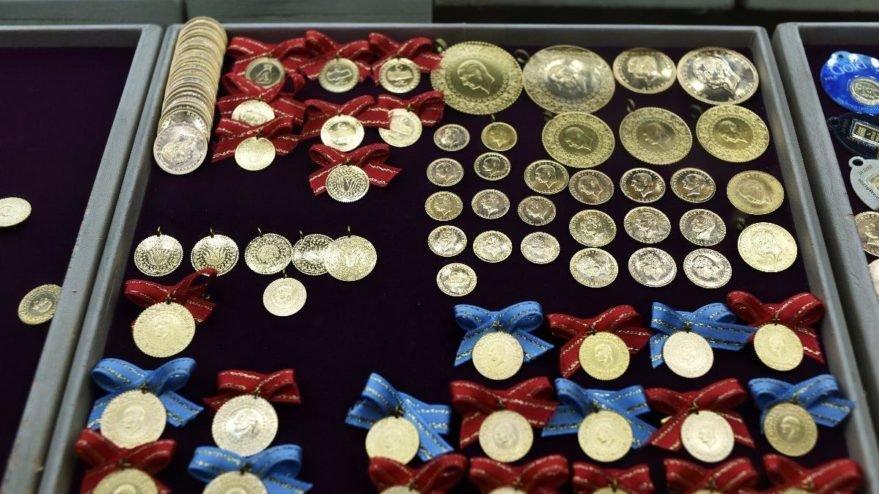 Altın fiyatları 12 Ocak: Çeyrek ve gram altın haftayı nasıl kapattı?