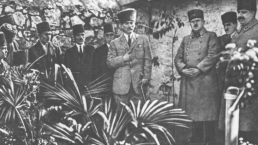 'Yetimlerin babası Kazım Karabekir Paşa'
