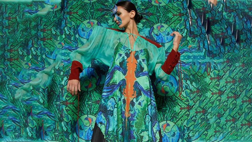 Moda tasarımcısı Başak Cankeş'ten performans şovu