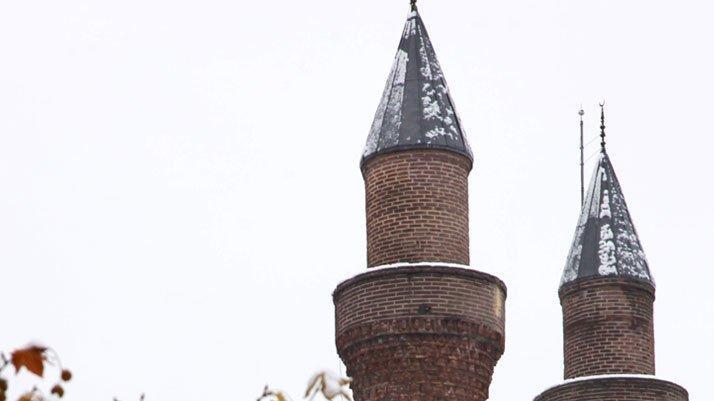 Minareye saklanmış esrar ele geçirildi