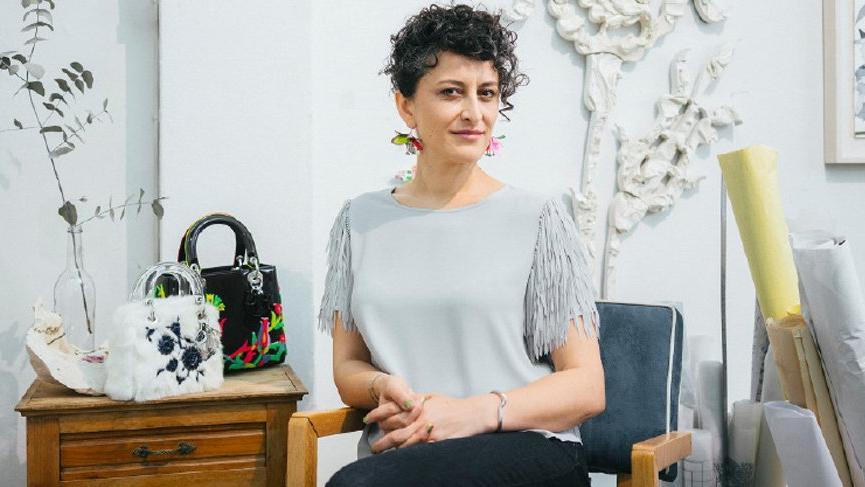 Dünyaca ünlü marka, Burçak Bingöl'e Lady Dior çantasını tasarlattı