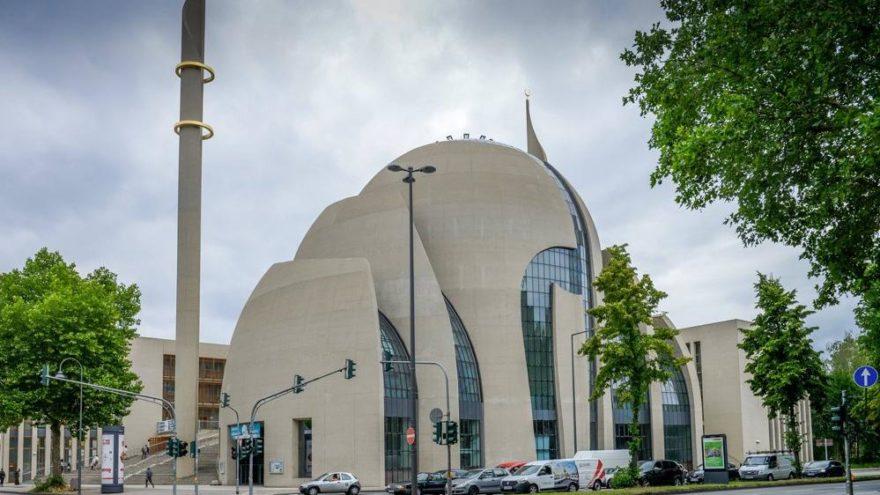 Diyanet istedi, bakan talimat verdi: 720 bin liralık 'Cami tasarımı' yarışması