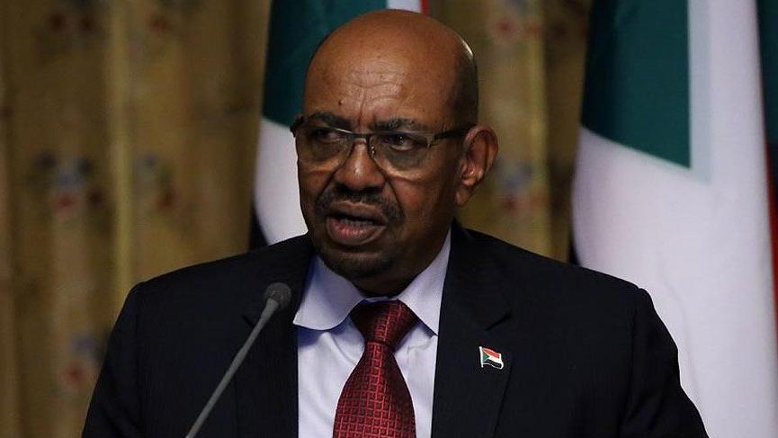 Sudan'da muhaliflerin istifasını istediği El-Beşir 2020'de bırakacak