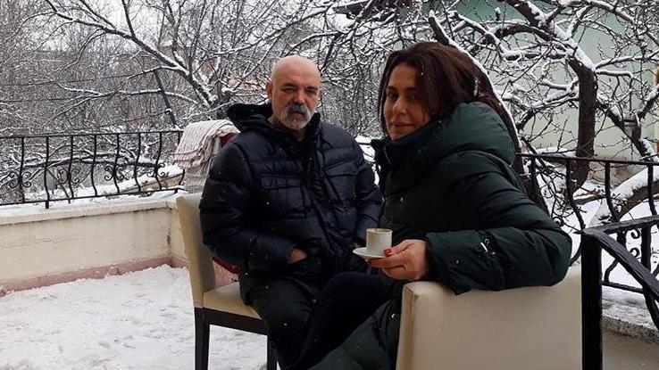 Çukur'un 'İdris Baba'sı Ercan Kesal, eşiyle Kapadokya'da