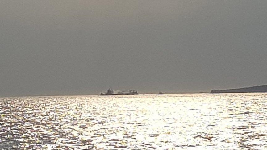 Çanakkale Boğazı'ndan geçen geminin kaptanı ölü bulundu
