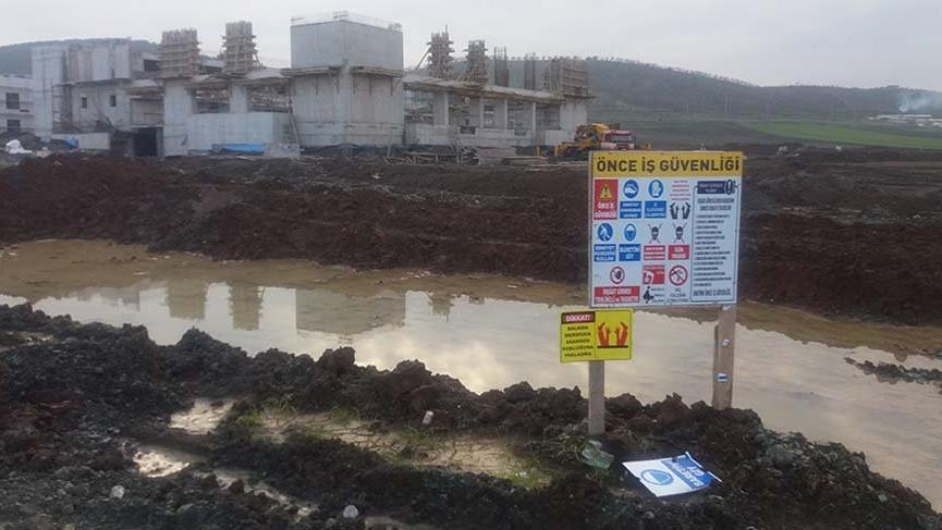 Kahramanmaraş'ta kanalizasyon çalışmasında göçük: Ölü ve yaralı var