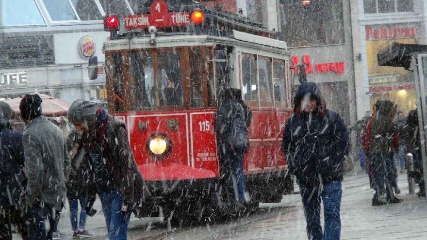 İstanbul Valiliği'nden açıklama bekleniyor! İstanbul'da 8 Ocak Salı tatil mi?