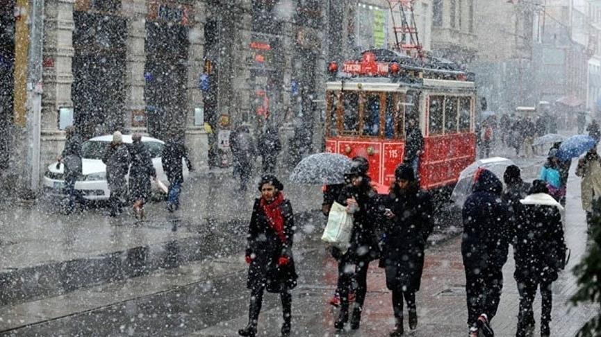Gözler İstanbul Valiliği'nde... 8 Ocak İstanbul'da okullar tatil mi?