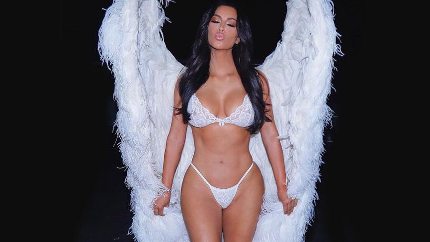 Kim Kardashian'ın 'Kim K' adında bir Barbie bebeği yapılıyor