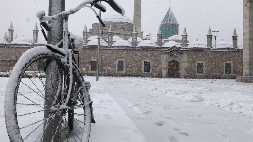 Konya'da okullar tatil mi? 8 Ocak kar tatili için Konya Valiliği'nden flaş açıklama!
