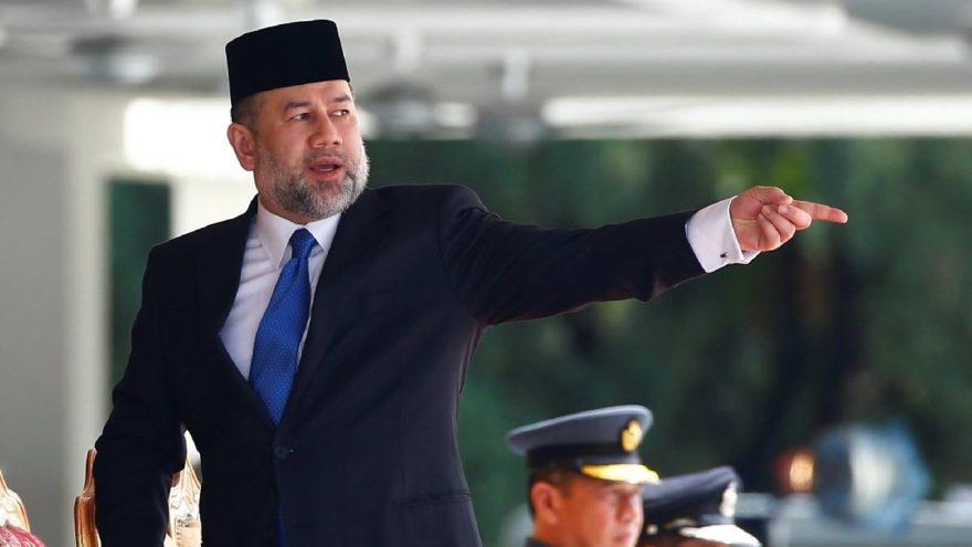 Malezya kralının istifası sonrasında gözler yeni kralda