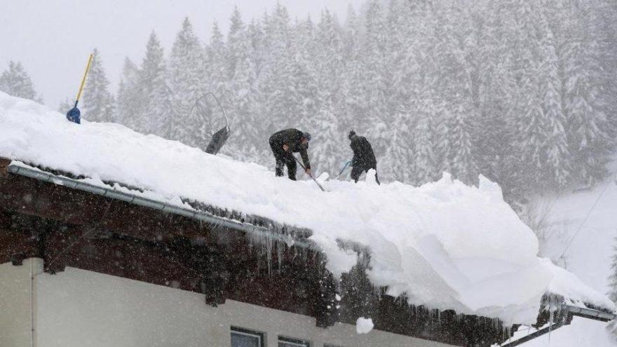 Avrupa kara kışa teslim: Çok sayıda ölü ve kayıp var