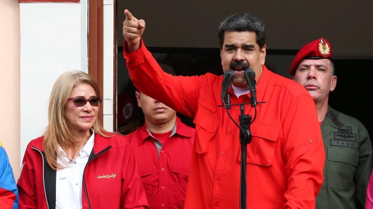 Maduro'ya bir darbe daha... Başkanlıktan önce 'tik'i gitti!