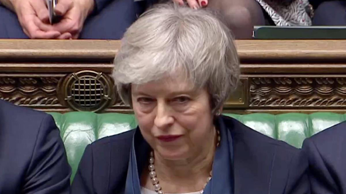 Çanlar Theresa May için çalıyor... İngiltere'de şimdi ne olacak?
