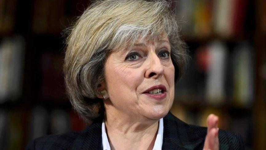 İngiltere'de Brexit krizi! Güven oylaması başladı