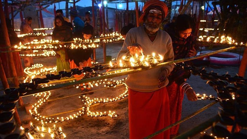 Dünyanın en büyük festivali 1 aydır kutlanıyor