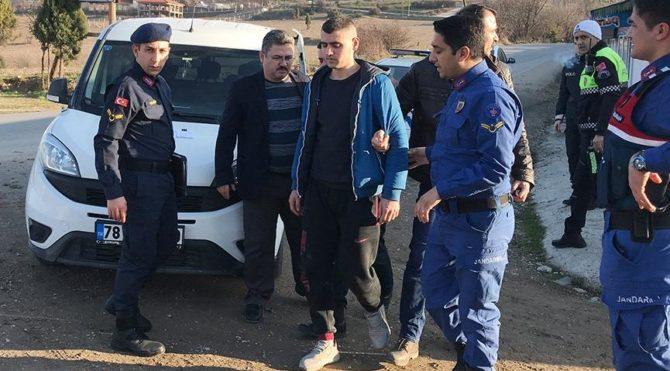 Karabük Haberleri: Cezaevi firarisi, polisi karşısında görünce mezar başında dua etti 39