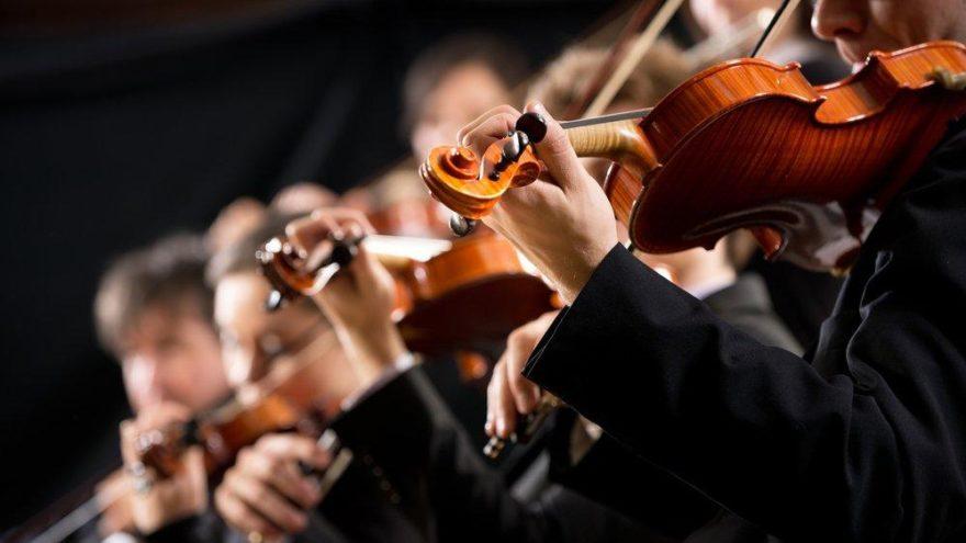 Genç müzisyenlere kapılarını açıyor