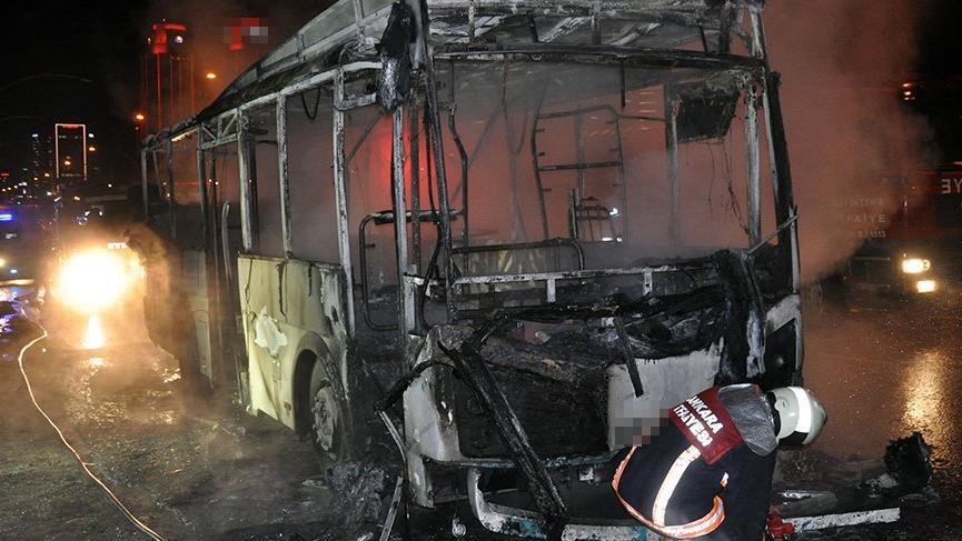 Hareket halindeki halk otobüs alev alev yandı!