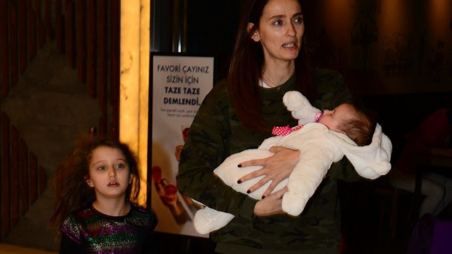 Pınar Tezcan'ın evlat telaşı