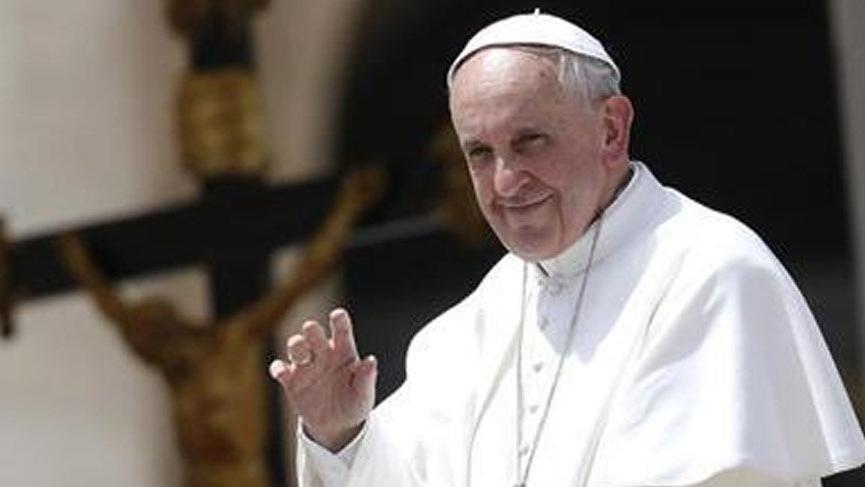 Papa bu müslüman ülkesine ilk kez gidiyor