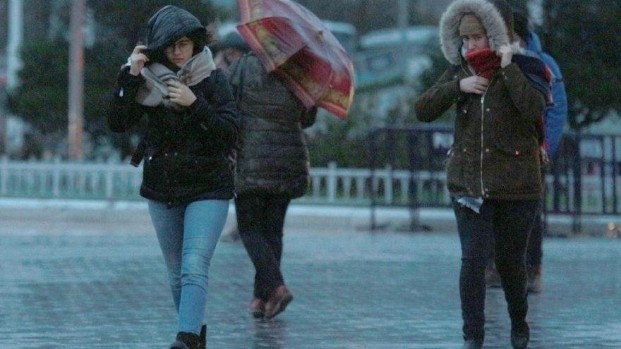 Meteoroloji'den hava durumu açıklaması: Kuvvetli sağanak yağışa dikkat!