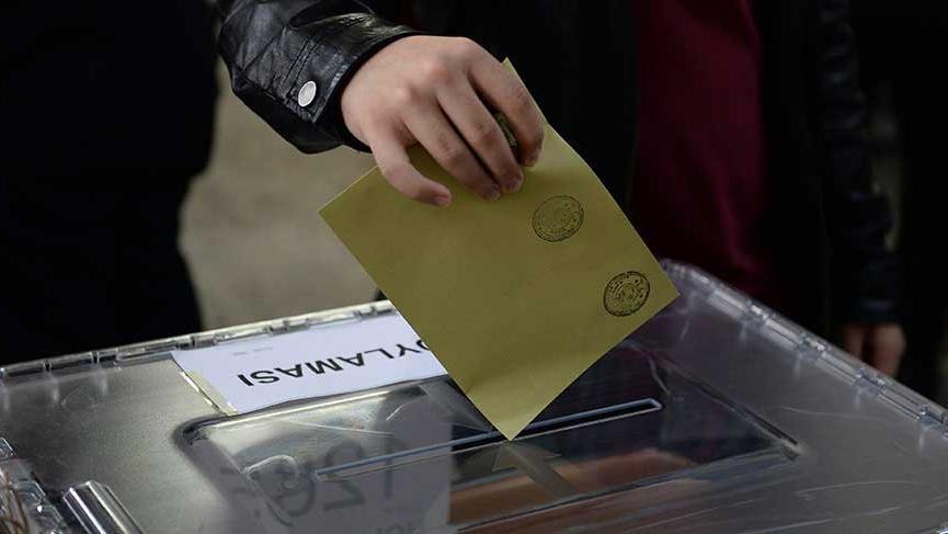 Yerel seçimlere 13 siyasi parti katılabilecek