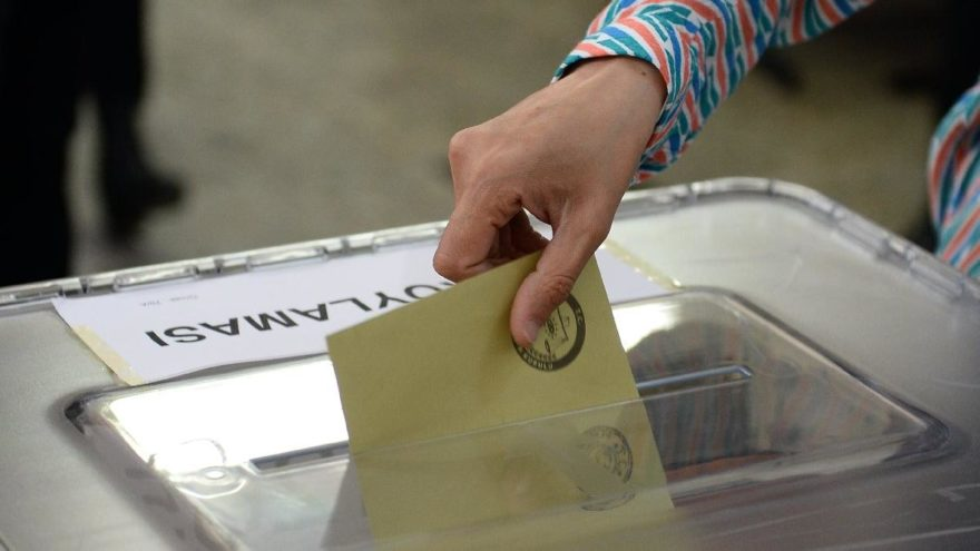 Yerel seçimlerde oy sayımında değişiklik! Resmi Gazete'de yayımlandı…